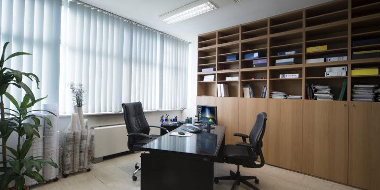 12 ufficio