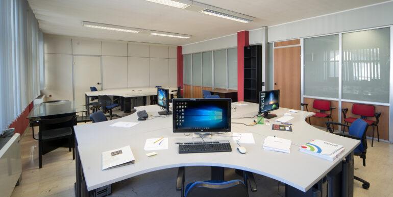 13 ufficio